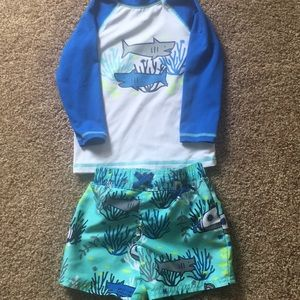 2T shark Cat & Jack swim trunks & rash guard